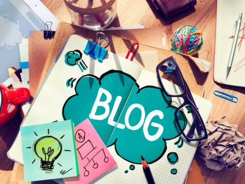 sign-on-desk-saying-blog-blogging-for-a-business
