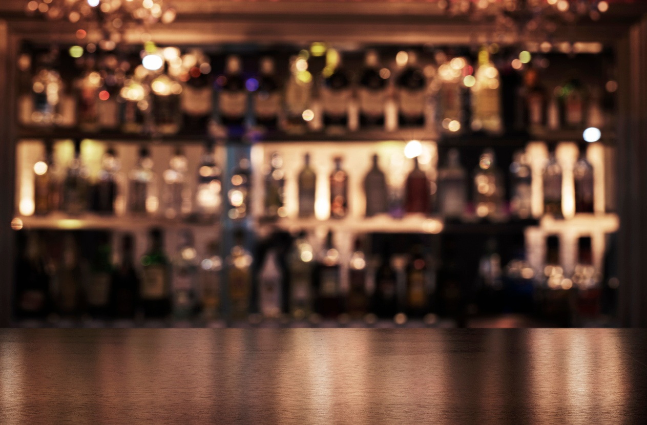 blurred-out-restaurant-drinks-bar.jpg