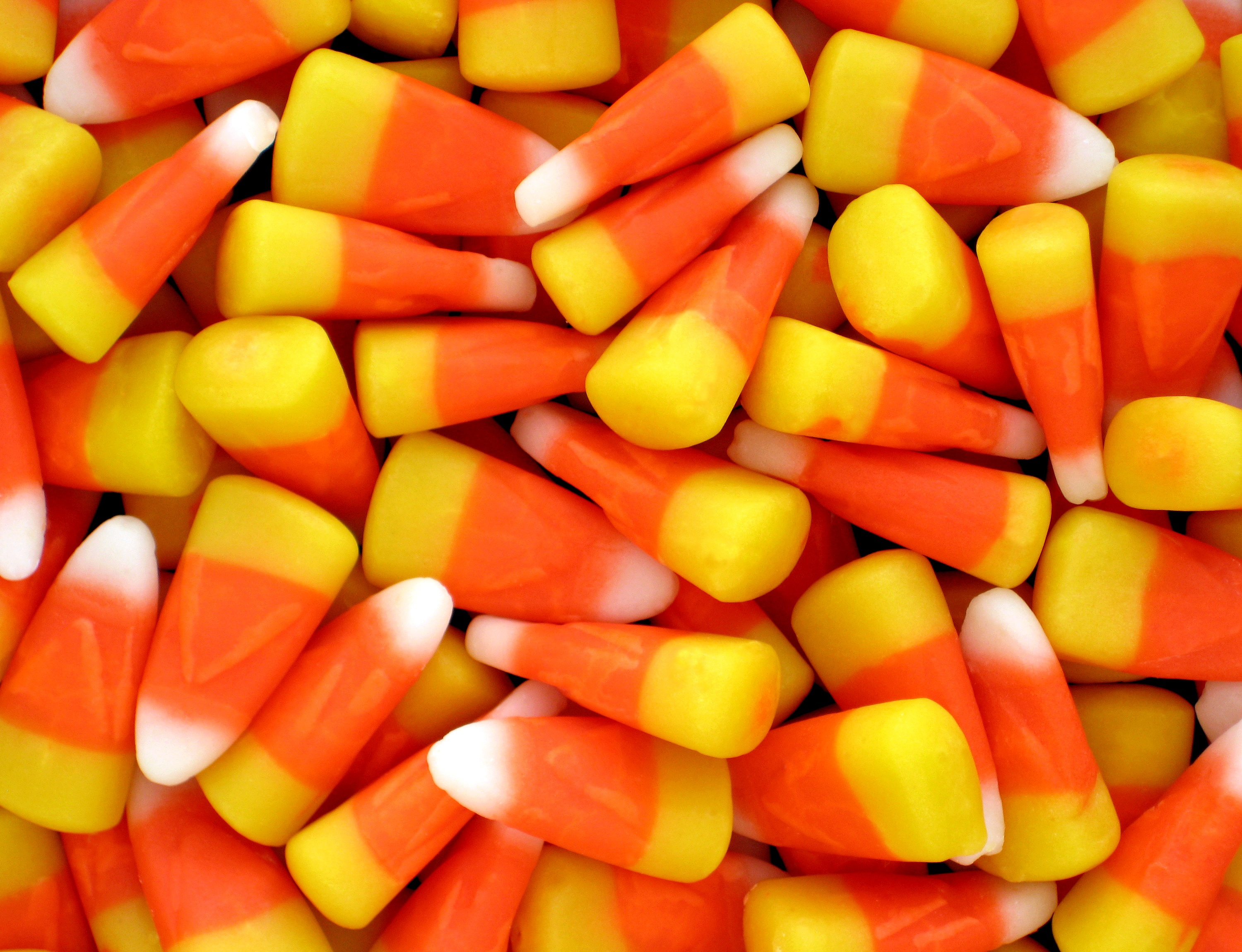 pile-of-candy-corn