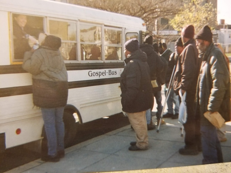 homeless-people-with-the-gospel-bus