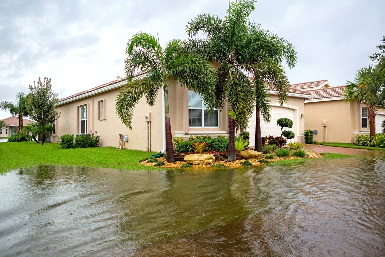 hurricane-damaged-house