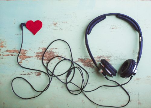 headphones-plugged-into-felt-heart