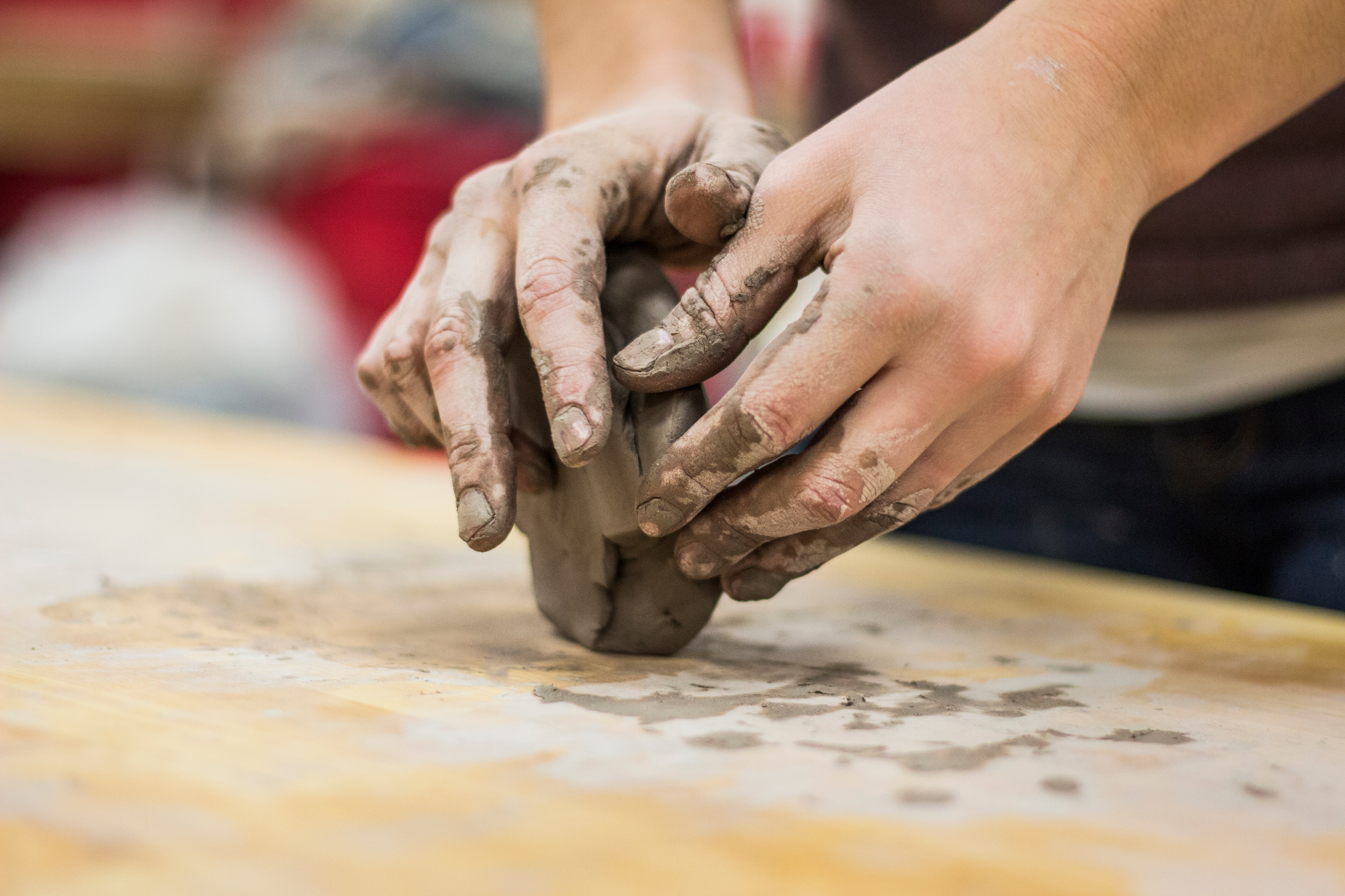 Dirty-hands-scupting-clay-pottery-quality-content