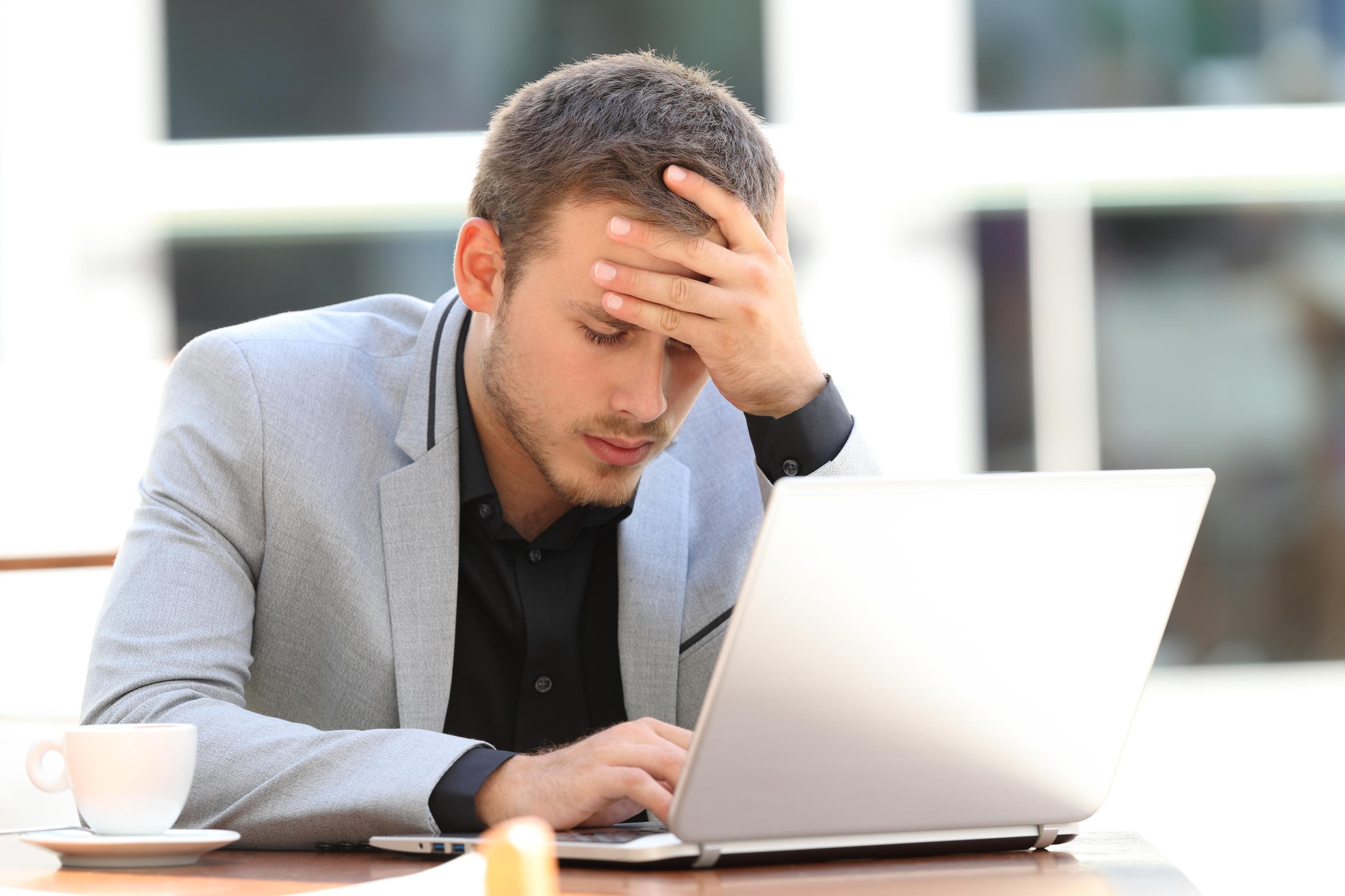 worried-blogger-laptop.jpg