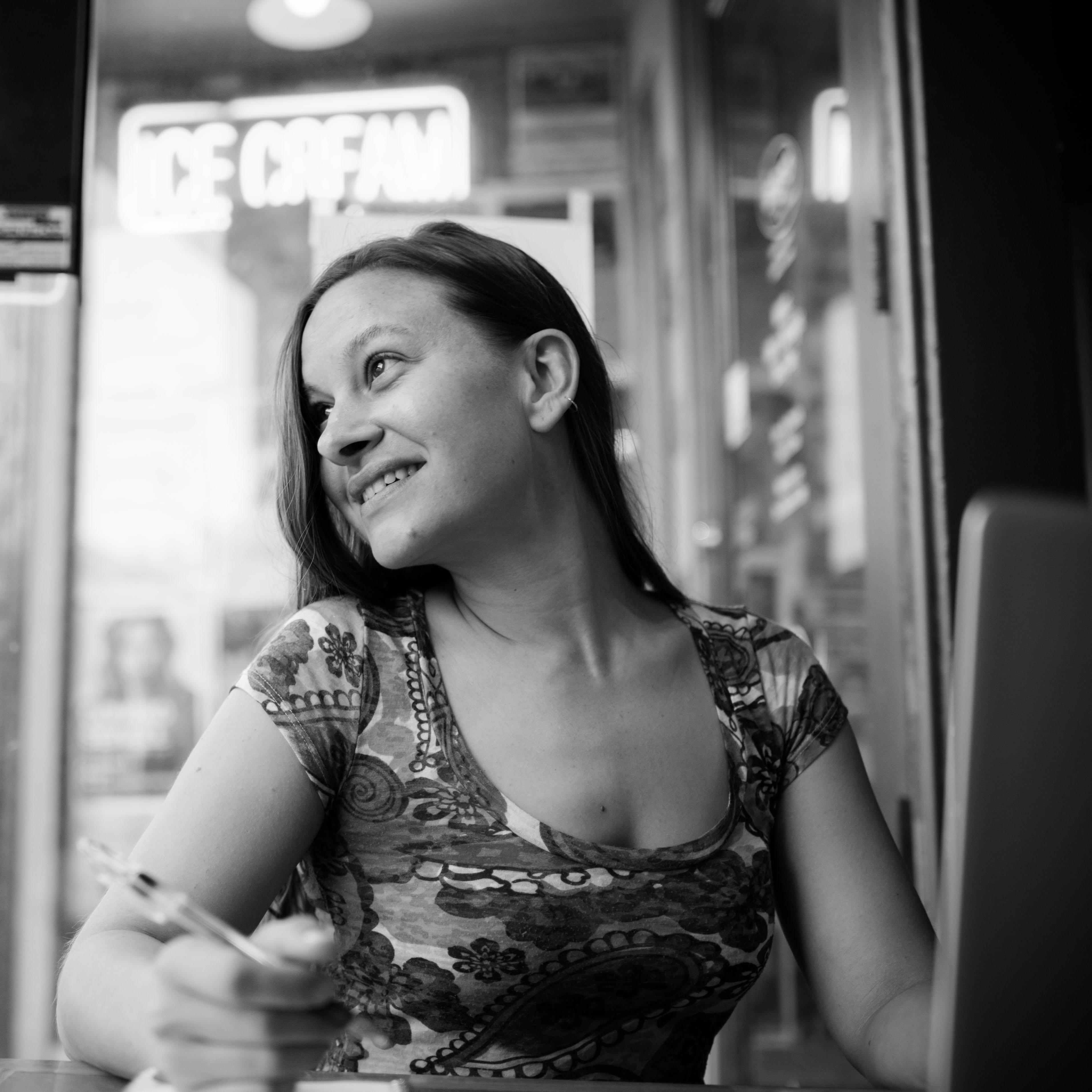 Sara, Verblio Writer